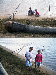 Untitled-21 (Hell62_Trbs) Tags: sea portrait people film nature kids river asia grain malaysia manualfocus terengganu yashicaelectro35gsn fujicolorsuperia200 setiu analoque autaut penarik kampungmangkuk yashinonf17 hell62 hell62trbs fazaraimutai