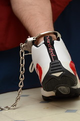 DSC_9254 (jakewolf21) Tags: basketball air bondage sneakers nike chain pippen legirons