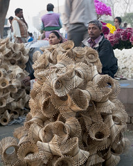 Flower Bazaar (Koshyk) Tags: flower market delhi bazaar mandi flowermarket newdelhi flowermandi delhiflowermandi