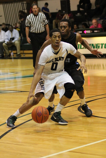 Senior Isiah Mason scored eight points at Southern New Hampshire