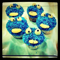 El Monstruo de Los #Muffins // The Muffins #Monster (Javi Twin) Tags: blue monster azul kids square pumpkin photography muffins cupcake coco muffin coquie iphoneography instagramapp