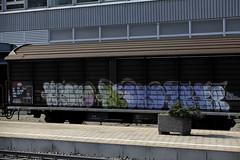 SBB Cargo Gterwagen Hbis 21 85 225 1 297 - 7 mit Graffiti am Bahnhof Bern Bmpliz Nord bei Bern in der Schweiz (chrchr_75) Tags: train de tren schweiz switzerland suisse swiss eisenbahn railway zug april locomotive christoph svizzera bahn treno schweizer chemin centralstation fer 2012 locomotora tog 1204 juna lokomotive lok ferrovia spoorweg suissa locomotiva lokomotiv ferroviaria  locomotief chrigu  rautatie  bahn