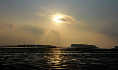 naz island sunrise (starrypix) Tags: sea nature canon island gulf persiangulf qeshm persiangolf hormoz starrypix ghamarinezhad