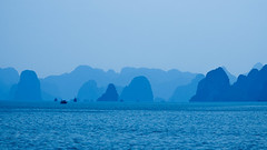 (JAhrensy) Tags: ocean travel blue water landscape vietnam halongbay quangninh d7000 meganahrens jahrensy megs14622
