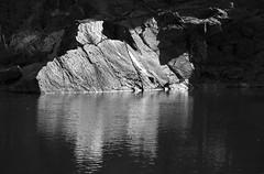Manhattan Schist (Joe Josephs: 2,861,655 views - thank you) Tags: newyorkcity spring rocks centralpark manhattan springtime naturephotography earthscience travelphotography urbanparks outdoorphotography joejosephs copyrightjoejosephsphotography nikon800e nikon70200mmf40 copyrightjoejosephs2014