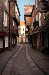 The Shambles, York (Wendy_Armstro) Tags: york uk england yorkshire medieval explore shambles explored historiccities