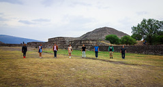 Teotihuacan (DGNacho.com) Tags: city travel blue vacation sky green sol del wow mexico ancient ruins pyramid teotihuacan piramide otom cdmx mexicomaravilloso
