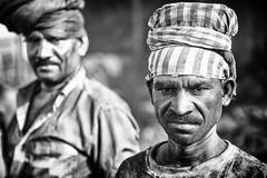 Miners (daniele romagnoli - Tanks for 14 million views) Tags: portrait blackandwhite bw india monochrome monocromo nikon asia coal ritratto indien bianconero biancoenero  miners jharkhand  indiani dhanbad  coalmines  carbone miniera indija    minatori d810    indiadelnord jharia