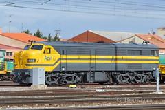1601 Azvi (ɢ. ʙᴇʀᴇɴɢᴜᴇʀ [ ō-]) Tags: locomotora azvi 1600 316 medina ferrocarril railroad railway renfe tren vehículo