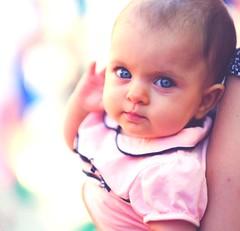 Eyes (Kalinus) Tags: portrait baby white retrato newborn fujifilm f12 56mm
