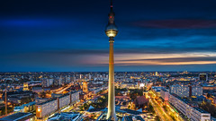 the ball over the night (K.H.Reichert) Tags: urban berlin alex skyline night germany deutschland nightshot stadtmitte alexanderplatz architektur rotesrathaus bluehour berlinmitte blauestunde nachtfoto