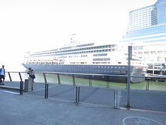 IMG_2638 (sevargmt) Tags: vancouver bc british colombia canada cruise ncl norwegian pearl may 2016 downtown place holland america volendam ship