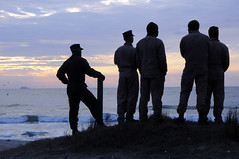 Sailors watch the sunrise before the start of the amphibious assault phase of Bold Alligator 2012. (Official U.S. Navy Imagery) Tags: nc unitedstates usnavy camplejeune usmarines boldalligator12 wwwfacebookcomusnavy