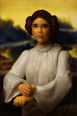6/52 | The Mona Leia (egerbver) Tags: david toy toys star photo princess action eger lisa mona days replica similar da clones figure parody recreation wars leonardo 365 weeks cloned vinci remake alternative leia 52 parodies redo recreate