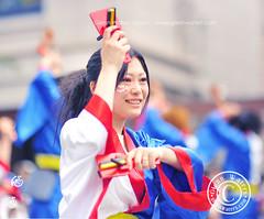 Yosakoi Lady Dancer.   Glenn E Waters. (Glenn Waters in Japan.) Tags: festival japan dance nikon aomori  hirosaki japon yosakoi     d700 nikond700  glennwaters  nikkor85mmf14gafs