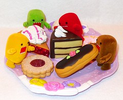 Luxury to a Domo (DollyBeMine) Tags: cute cake cherry pie dessert toy cookie eating plastic icecream domo kawaii figure sweets domokun pastries luxury eclair qee toysundayluxury