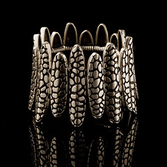 Bracelet (cool disel) Tags: light macro studio photography nikon jewelery product d7000