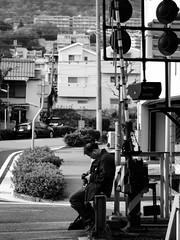 Shashin - DSCN4409 (Mathieu Perron) Tags: life city bridge people bw white black monochrome japan french nikon noir perron fair daily nb international journey   week osaka mp blanc department japon personne semaine ville chuo hankyu gens vie mathieu    sjour   senri quotidienne        p520   zheld