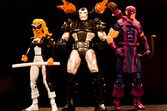 West Coast Avengers (atari_warlord) Tags: actionfigure hawkeye marvel marvelcomics mockingbird hasbro marveluniverse warmachine 375 westcoastavengers marvelinfiniteseries