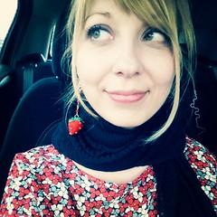 Orecchini fragola (CartaForbiciGatto) Tags: diy beads strawberry handmade strawberries felt bijoux mano accessories earrings feltro beaded fatto fragola gioielli fragole perline accessori orecchini