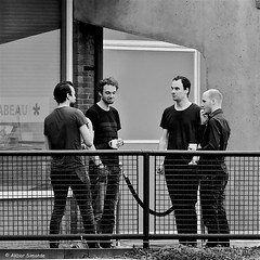 Coffee break (Akbar Simonse) Tags: people bw holland men blancoynegro netherlands monochrome square rotterdam zwartwit candid nederland streetphotography bn coffeebreak mannen vierkant straatfotografie koffiepauze dscn2180 akbarsimonse
