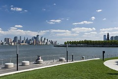 Park built over Hudson River in Hoboken, New Jersey. (dkjphoto) Tags: park nyc newyorkcity railroad travel bridge usa newyork tourism water station skyline america skyscraper river pier boat newjersey construction tour unitedstates walk manhattan worldtradecenter tourist walkway northamerica wtc hudson hoboken piera freedomtower dennisjohnson wwwdenniskjohnsoncom