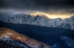 Gore Range Sunrise (Zach Dischner) Tags: lighting winter usa mountain snow mountains cold nature sunrise canon landscape eos colorado snowy dramatic peak games vail gore 7d range teva wintery tamron1750 canon7d