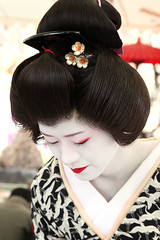 S A T O Y U K I : Baikasai (mboogiedown) Tags: satoyuki geiko geisha kamishichiken baikasai plum blossom festival nodate kyoto kansai japan japanese asia asian person woman beauty people portrait face custom traditional tradition culture cultural katsura fashion lifestyle oshiroi makeup kimono black white red kanzashi bow
