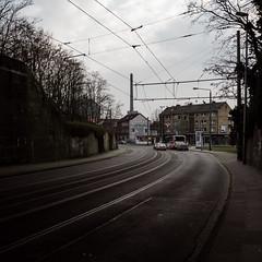 L287 (jpk.) Tags: 2012 canoneos7d duisburg februar ruhrort spaziergang unterwegs ©janphilipkopka strasenbahn tram laar strase brücke l287 ampel efs281755mm