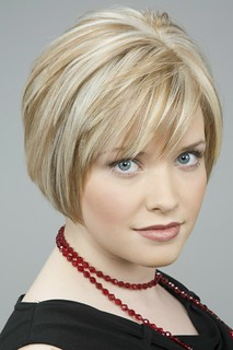 Short blonde hair with highlights