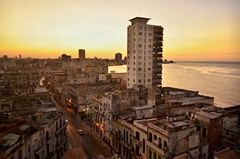 Havana sunset (The Globetrotting photographer) Tags: sunset skyline havana cuba habana havanacuba avana  habanacuba  havanastreetscene