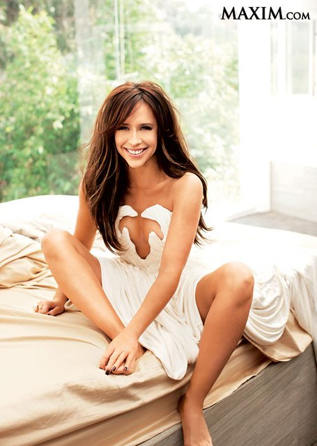 jennifer-love-hewitt-maxim-0412- (2)