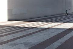 Espace sportif (Bernard Chevalier) Tags: street paris geometric sport foot solitude lumière ballon perspective ombre rue mur géométrie espace ville immeuble vide urbain jeune graphisme géométrique