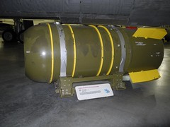 Thermonuclear Weaponry (becklectic) Tags: usa airplane nebraska aircraft aviation ashland 2012 atombomb hydrogenbomb strategicairspacemuseum thermonuclearweapon mark36 20120407120600dscn2418