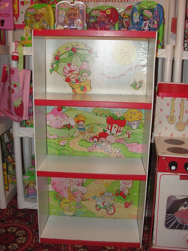 Strawberry shortcake shelf