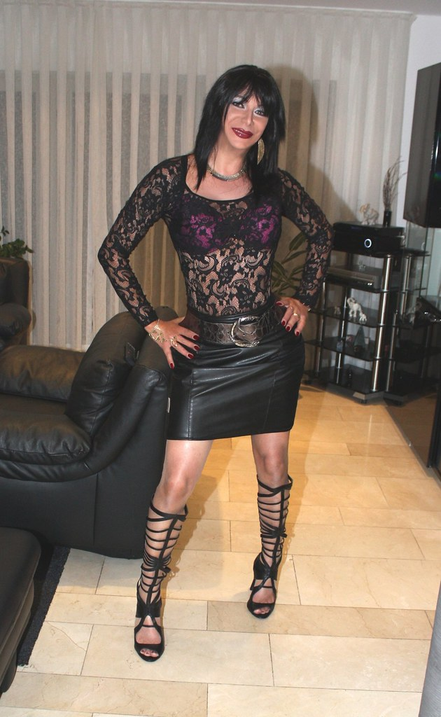 lloyd milf personals Warning - restricted content this category may contain products of a sexual  nature which is only suitable for viewing by persons older than 18 years.