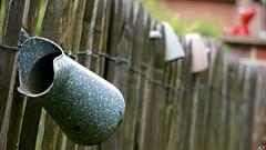 Der Krug (AstridSusann) Tags: germany outdoor zaun krug emsland dekoration