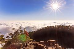 Sea of Clouds @ West Peak of Mt. Jade(3518m), Taiwan.  (Evo-PlayLoud) Tags: blue portrait sky cloud sun mountain mountains sunshine clouds portraits canon landscape scenery taiwan bluesky tokina  mtjade    mountaineer seaofclouds     550d  t116   1116mm  tokina1116mmf28 canon550d canoneos550d cloudsstormssunsetssunrises