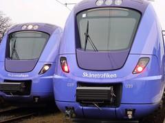 Meeting in Ystad Railway Station (brandsvig) Tags: station train skne sweden railway february 2012 simrishamn ystad 039 tg 024 pgatg hr jrnvg sknetrafiken