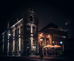 's-Hertogenbosch: Torenstraat (Ingeborg Ruyken) Tags: city night dark flickr downtown darkness nacht nederland thenetherlands avond citycenter denbosch centrum citycentre stad dropbox donker shertogenbosch 2014 torenstraat binnenstad natuurfotografie catmyhometown 500pxs herfstmautumn