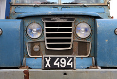 X 494 (FUNDERSTORMS) Tags: auto old blue car truck iceland headlights grill landrover