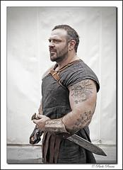 Gladiatore (paolopenna) Tags: street italy rome roma tattoo italia sword warrior carnevale spada gladiator tatuaggio piazzadelpopolo gladiatore canon5dmkii bestofmywinners blinkagain