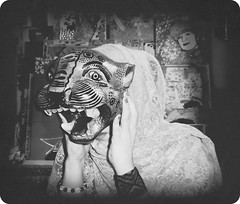 """Balaam"" (Loana Ibarra) Tags: blackandwhite selfportrait art blanco cat mexico photography photo feline artist foto arte mask sweden teeth negro autoretrato culture konst felino mascara sverige jaguar fotografia malm cultura ibarra alternative lim suecia artista mexiko dientes sjlvportrtt mayanculture alternativo svartvitt loana culturamaya alternativt tnder balcoynegro loanaibarra loanaibarramazari"