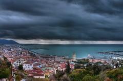 nuvole sulla citt (luciano trapanese) Tags: sea mer clouds port puerto mar mediterraneo nuvole mare porto nuages salerno costiera lasnubes 100commentgroup dblringexcellence tplringexcellence lucianotrapanese
