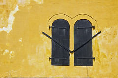 Windows on the old Dutch Warehouse - Galle, Sri Lanka (| Warren Martil |) Tags: ocean church dutch indian south colonial mosque sri lanka ramparts antiques galle reformed