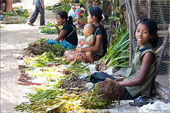 Waiting for Customers (Ursula in Aus (Away)) Tags: people girl female thailand market border burmese sellers  prachuapkhirikhan  earthasia totallythailand dansingkhon