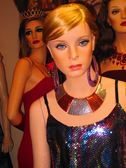 Vintage Twiggy (ijbhouston) Tags: sexy mannequin fashion model doll dummies mannequins