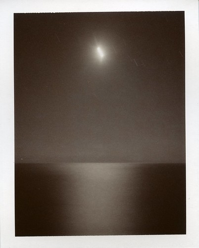 INSTANT FILM- FULL MOON