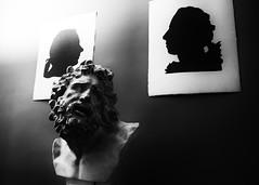 Goethe House (Diegoa8024) Tags: bw white house black casa blackwhite nikon frankfurt haus bianco nero goethe frankfurtammain biancoenero francoforte mezzobusto d5100