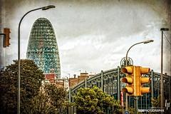 Torre Agbar (hapePHOTOGRAPHIX) Tags: barcelona espaa spain europa europe architektur torreagbar spanien hochhaus highrisebuilding nikond700 textureblending flypapertextures hapephotographix 724bar 724esp